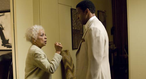 Frank Lucas Mother http://btr.michaelkwan.com/2007/11/05/american-gangster-movie-review-a-must-see/