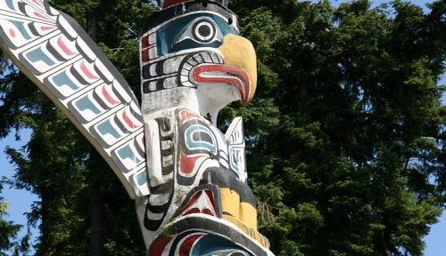 Stanley Park Totem Poles by fujitariuji (Flickr)